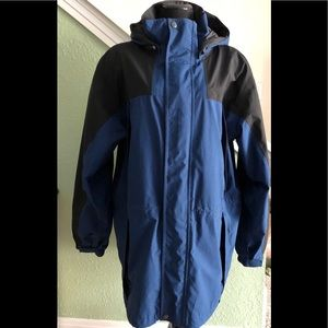 Great lightweight jacket by Eddie Bauer in XL